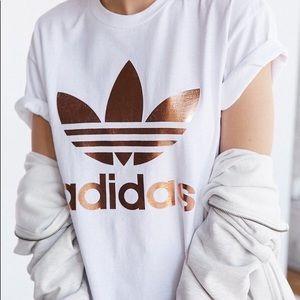 Adidas t-shirt with reverse logo